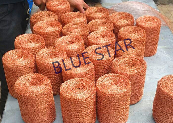 "Flat / Crimped Knitted Copper Mesh 2 - 53 '"" Width Firm Structure Higher Strength"
